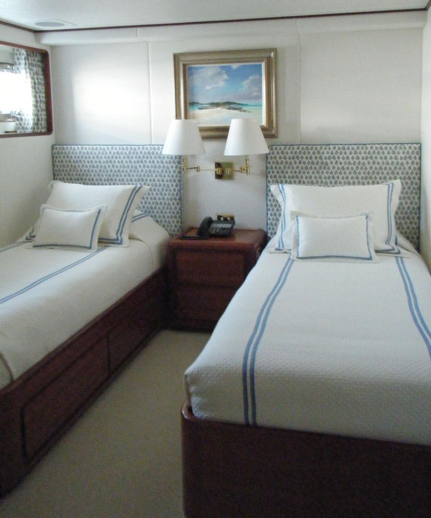 candace-blue-yacht-4