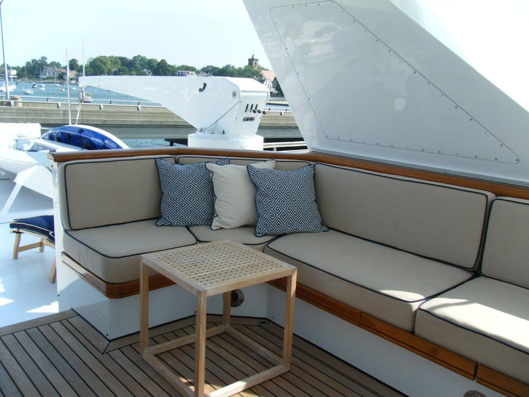 candace-blue-yacht-8