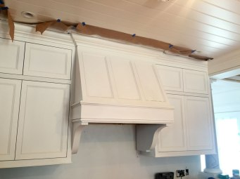 kitchen-upper-cabinets