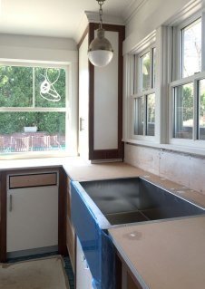 pool-house-main-room-counter-sink-and-pendant