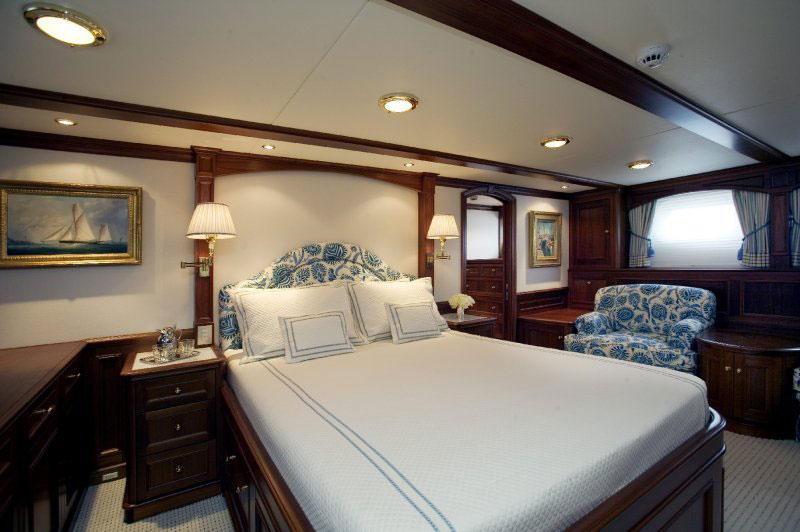 cassiopeia-owners-stateroom-1