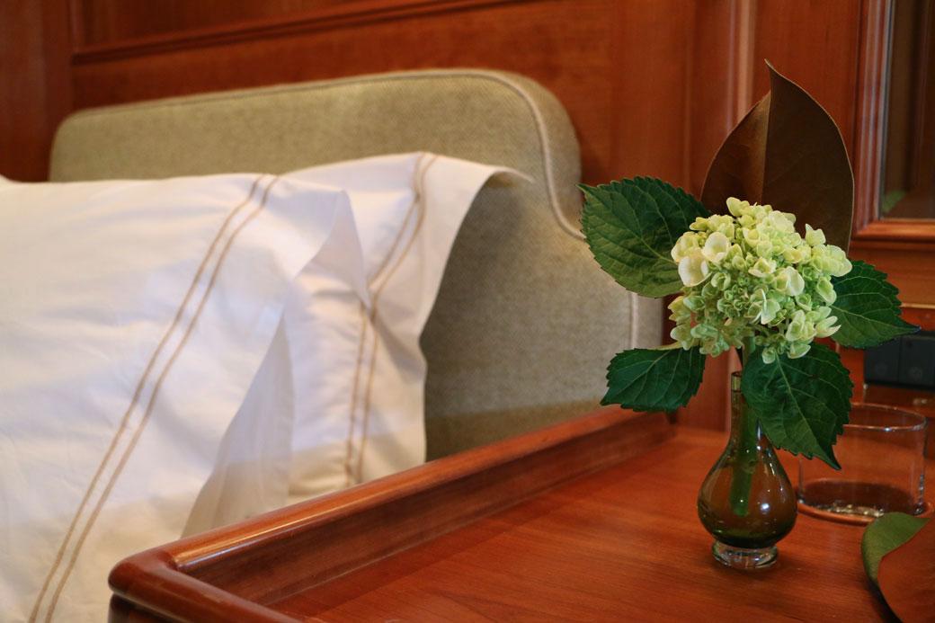 cat-linens-bunk-room-detail-green