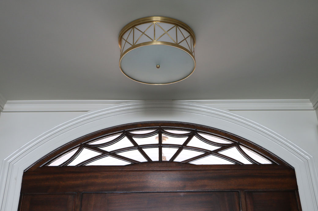 foyer-light-and-transom